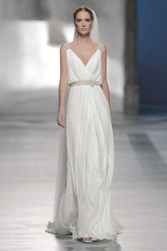 Get the look: Grecian goddess  #youandyourwedding