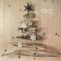Vánoční perníčky recept a zdobení - Kreativní Techniky Hanukkah, Wreaths, Christmas, Food, Home Decor, Go To Sleep, Recipies, Xmas, Decoration Home