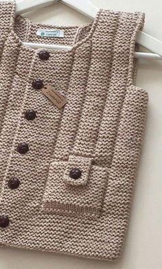 Jungenweste [] # # # # Gewebe – Suzy's Fashion - Kindermode Baby Knitting Patterns, Knitting For Kids, Hand Knitting, Crochet Baby, Knit Crochet, Knit Baby Sweaters, Vest Pattern, Baby Cardigan, Yandex Disk