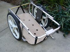 Build a bicycle trailer for a recumbent bike to transport groceries, shopping bags and more. From MOTHER EARTH NEWS magazine.