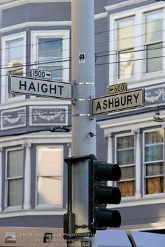 There wasn't a whole lot going on this far down Haight St. The best action was a from a few blocks from Golden Gate Park, into the tunnel and coming out in the Park. What a wonderful era through which I lived.