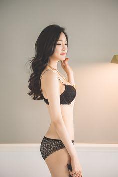 플래시24- > 네티즌포토 > 역대급 피팅모델 정윤