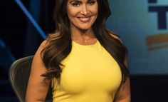 Annie Apple, the mother of New York Giants 2016 first round pick Eli Apple, is joining ESPN's Sunday NFL Countdown this fall as a contributor. Beautiful People, Beautiful Women, First Round, Fantasy Football, New York Giants, Me On A Map, Espn, Yellow Dress