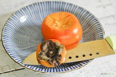 How to Eat a Persimmon (with Pictures) - wikiHow