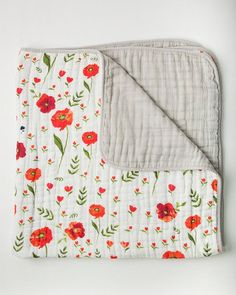 Summer Poppy Cotton Quilt. This is gorgeous!!