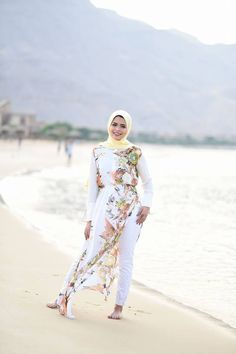 long white floral dress beach style-Hijab fashion inspiration http://www.justtrendygirls.com/hijab-fashion-inspiration/