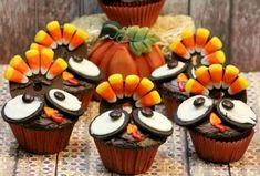 16 Thanksgiving Dessert Recipes To Celebrate A Sweeter Life | http://homemaderecipes.com/16-thanksgiving-dessert-recipes/