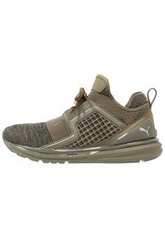 ¡Consigue este tipo de zapatillas de Puma ahora! Haz clic para ver los  detalles. Envíos gratis a toda España. Puma IGNITE LIMITLESS KNIT UT  Zapatillas ... ad8280735