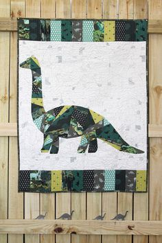 Trendy Quilting Ideas For Kids Paper Piecing Dog Quilts, Cat Quilt, Animal Quilts, Sports Quilts, Modern Quilting Designs, Contemporary Quilts, Quilting Projects, Quilting Ideas, Easy Quilts