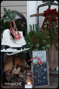 Christmas porch...oh so lovely by Zany girl