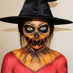 Pretty Scary Halloween Pumpkin Makeup Ideas - chic better Are you looking for a DIY Halloween costume? Check out these DIY Halloween Makeup Looks. Halloween Pumpkin Makeup, Unique Halloween Makeup, Scary Halloween Pumpkins, Scarecrow Makeup, Halloween Scarecrow, Halloween Makeup Looks, Costume Halloween, Diy Halloween, Scary Scarecrow Costume