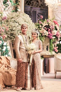 An Elegant Sundanese Ballroom Wedding With Muted Shades - 028