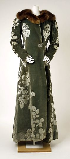 Evening Coat, House of Worth 1894, French, Made of silk and fur, Met Museum