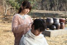 Song joong ki and park bo young . were wolf movie 😍❤❤ Wolf Movie, Movie Tv, Running Man Cast, A Werewolf Boy, Park Bo Young, Making A Movie, Hits Movie, Song Joong Ki, Korean Star