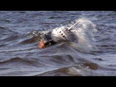 """Sturm auf (dem) See - R/C Offshore Versorger """"Aziz"""" kämpft in schwerem Wetter gegen die Wellen - YouTube"""