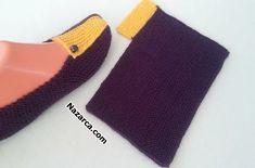 Knitting Projects For Babies - Webcrochet.Com - Diy Crafts Knitting Projects, Knitting Patterns, Crochet Patterns, Crochet Boots, Knit Crochet, Knitted Slippers, Knitted Hats, Knitting Socks, Baby Knitting