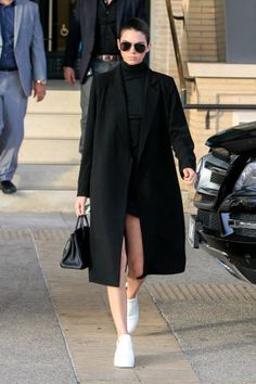 50 chic turtleneck outfit ideas to try this winter: Kendall Jenner