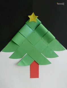 Woven Christmas tree to print and assemble. (page is in Spanish) Christmas Crafts For Kids, Christmas Activities, Christmas Projects, Winter Christmas, Holiday Crafts, Christmas Holidays, Christmas Ornaments, Origami Christmas, Theme Noel