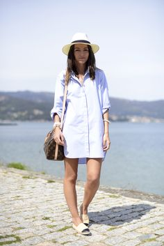 For quite a long time, espadrilles are the quintessential summer shoes. Espadrilles could also compete with fancier shoes. Here are 10 ways to wear espadrilles Chanel Espadrilles Outfit, Lace Up Espadrilles, Spanish Espadrilles, Espadrille Sandals, Look Fashion, Girl Fashion, Womens Fashion, Desert Fashion, Fashion Outfits