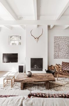 A Serene Dutch Home In Whites And Browns (my Scandinavian Home)