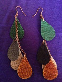Copper Earrings, Leather Earrings, Diy Jewelry, Jewelery, Small Stuff, Leather Working, Salmon, Crochet Earrings, Fish