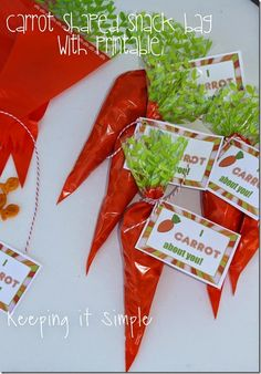 Easy Easter Snack or School Lunch Food Idea- Carrot Bag with Printable #easter #pickyourplum #bakerstwine @keepingitsimple