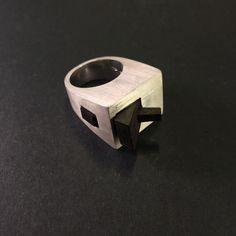 Un preferito personale dal mio negozio Etsy https://www.etsy.com/it/listing/291506963/anello-scultura-in-argento-925-con