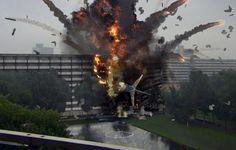 Google Image Result for http://1.bp.blogspot.com/-ANt3epHOE10/T_ZH5vk5sFI/AAAAAAAAC0E/iqyhasA9B64/s1600/Crashing-Airplane.jpg