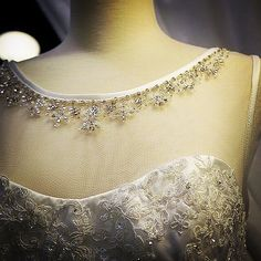 I Am A Bride – Personalise bridal wedding gown online malaysia that inspired brides: Wedding Gown, checked! How to choose my Bridal Bouquet now? Complete Bride's Look Wedding Gowns Online, Bridal Dresses Online, Bridal Gowns, Bridal Brooch Bouquet, Wedding Silhouette, Lace Bolero, Wedding Hangers, Bride Look, Beautiful Bride