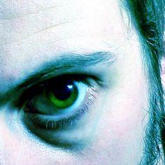 Dik onder de ogen: wallen en blauwe kringen verhelpen!