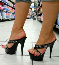 Hot High Heels Love a confident sexual w… Hot Heels, Sexy Legs And Heels, Sexy Sandals, Bare Foot Sandals, Sexy High Heels, High Heels Stilettos, Stiletto Heels, Sandal Heels, Open Toe High Heels