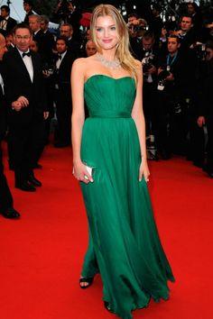 Emerald and Chiffon...ahhh #redcarpet #emerald #dress | This would make a stunning bridesmaid dress