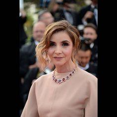 Le chignon flou de Clotilde Coureau au Festival de Cannes 2015