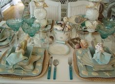 Beach Dinnerware | Susan loves how they decorated all four sides of the bowls...we agree!