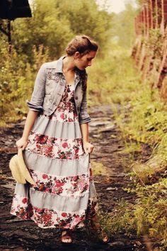 Luv luv luv this dress! Epitome of Apostolic Pentecostal women