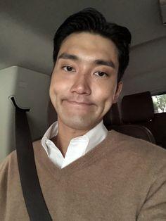 Kim Ryeowook, Cho Kyuhyun, Heechul, Yesung, Super Junior, Day6 Sungjin, Lee Hyuk, Choi Siwon, Handsome Korean Actors