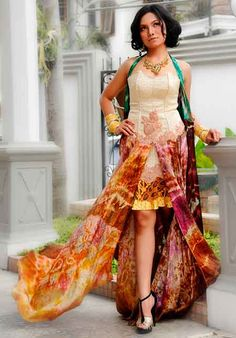 batik Indonesia Minimal Fashion, High Fashion, Women's Fashion, Traditional Fabric, Traditional Outfits, Sewing Patterns Free, Free Sewing, Indonesian Kebaya, Batik Fashion