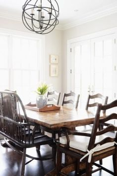 Love The Farmhouse Rustic Feel Dark Floors Light Walls Modern Chandelier Zhush S Connecticut Home On Domaine Esther Lewis Fixer Upper Tables