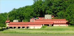 I had now idea that frank lloyd wright designed a barn!
