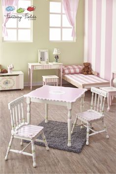 Fantasy Fields - Bouquet Table & Set of 2 Chairs