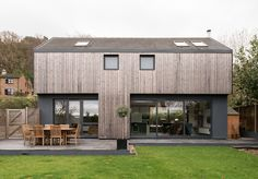 Kate Stoddart-converted modernist property in Ewshot, near Farnham, Surrey The Effective Pictures We Offer You About facade design A quality picture can tell you many things. House Cladding, Exterior Cladding, Facade Design, Exterior Design, Residential Architecture, Architecture Design, 1960s House, Modern Barn House, Shed Homes