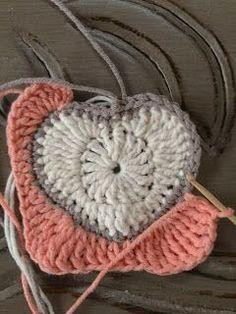 202Material: Crochet Heart Granny Square -