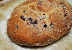 Olive-Rosemary Bread - not the best but not bad either. Next time, I'm using a different recipe though Bread Bun, Pan Bread, Olive Oil Bread, Rosemary Bread, Bread Maker Recipes, Hot Cross Buns, Kalamata Olives, Different Recipes, Food Inspiration