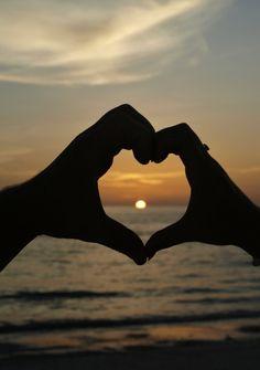 Sunset beach wedding photos shoot, love about you and me #dreamweddingbox @TheWeddingNotebook