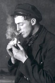 Images Of Pipe Smokers Pipe Smoking Sailor With