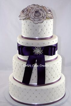 Wedding Cake...love the quilted look. However the bow has to go!