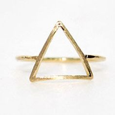 Alloy chic Triangle Ring,shop at http://favorwe.com/vintage-rings-c-47_48.html