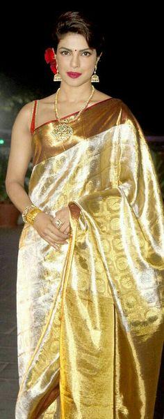 Actress Priyanka Chopra In Kanchivaram Silk Saree White And Gold Saree, Gold Silk Saree, Red Saree, Chiffon Saree, Pure Silk Sarees, Priyanka Chopra Saree, Kerala Saree, Indian Sarees, Indian Look