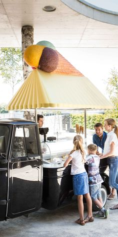 On a hot day like this, we want 🍦🍦🍦ICE CREAM! When you enter Swarovski Kristallwelten you will see this so cute looking Ice Cream Booth. Share your insta-ice-cream picture in front of it and tag us with or to be featured 🤳✨ Ice Cream Pictures, Days Like This, Picture Tag, Hot Days, Swarovski, Patio, Outdoor Decor, Instagram, Ice Cream Photos