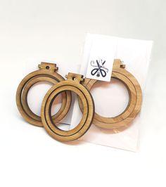 miniature embroidery hoop frames sampler set of 6 x classic frames best miniatures ideas - Embroidery Frames